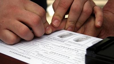 Снять отпечатки пальцев в Крыму