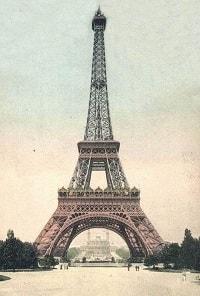 Аферист продал Эйфилеву башню в Париже